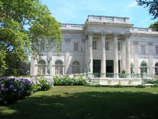 The-marble-house-front