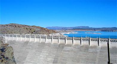 Dam walk dam
