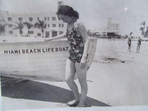 Aunt beach